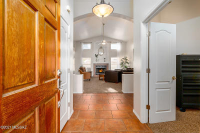 Tucson Single Family Home Active Contingent: 6841 W Rifle Way