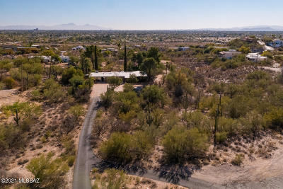 Tucson Single Family Home Active Contingent: 4530 E River Road
