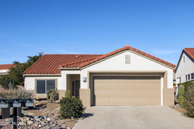Oro Valley Single Family Home Active Contingent: 903 E Claridge Place