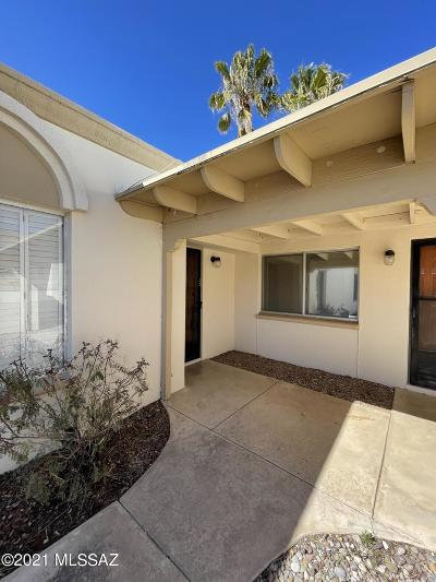 Tucson Townhouse Active Contingent: 9333 E Old Spanish Trail