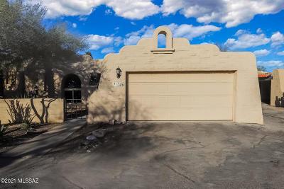 Tucson Townhouse Active Contingent: 51 E Villas Circle