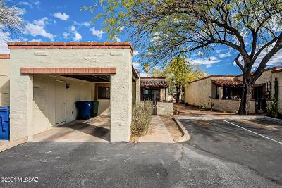 Tucson Townhouse Active Contingent: 4133 N Via Villas