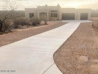 Vail Single Family Home Active Contingent: 8920 S Lanai Lane