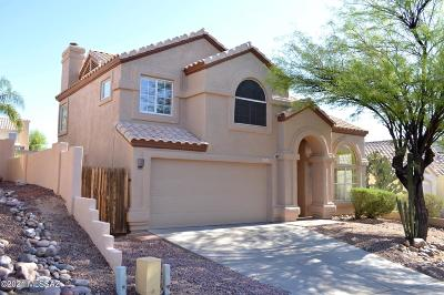 Oro Valley Single Family Home For Sale: 1321 E Scorpius Place