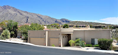 Tucson Single Family Home For Sale: 6460 N Regal Manor Drive