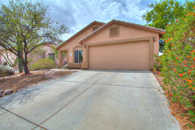 Marana Single Family Home Active Contingent: 5537 W Dove Of Peace Drive
