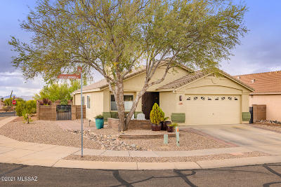 Marana Single Family Home Active Contingent: 5511 W Cochie Springs Street