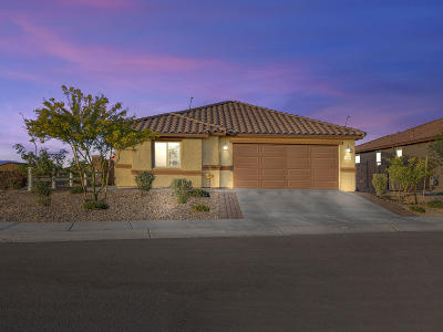 Marana Single Family Home Active Contingent: 11504 W Boll Bloom Drive