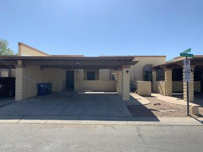 Tucson Townhouse For Sale: 5060 S Mira Loma Drive