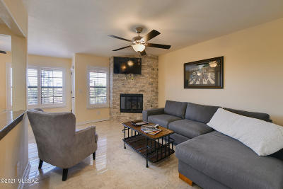 Rental For Rent: 6651 N Campbell Avenue #211