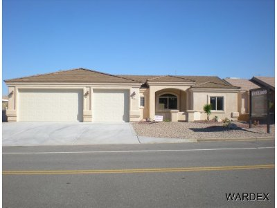 Lake Havasu City Single Family Home For Sale: 1485 On Your Level Lot