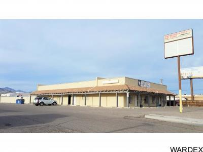 Bullhead City, Golden Valley Commercial For Sale: 2064 Plaza Dr