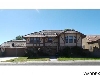 Kingman Single Family Home For Sale: 695 Country Club Dr