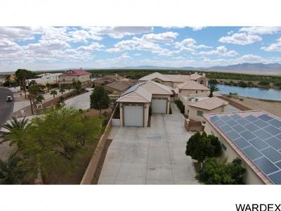 Bullhead City Single Family Home For Sale: 2507 Camino Del Rio