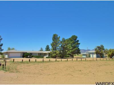 Mohave County Manufactured Home For Sale: 5737 N Highway 66