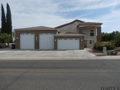 Kingman Single Family Home For Sale: 895 Country Club Dr