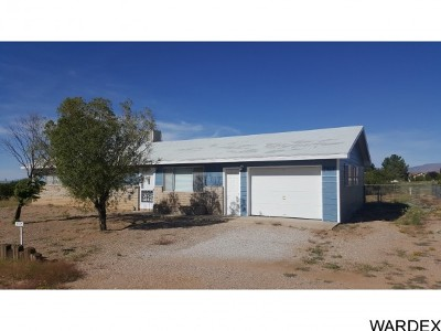 Kingman AZ Single Family Home For Sale: $119,900