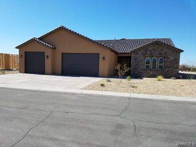 Bullhead City Single Family Home For Sale: 2915 Steamboat Dr