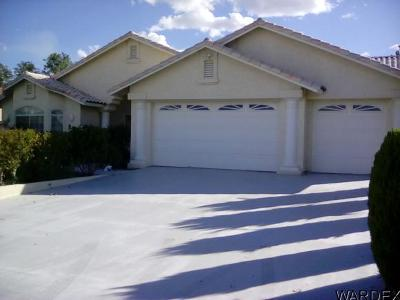 Kingman Single Family Home For Sale: 865 Country Club Dr