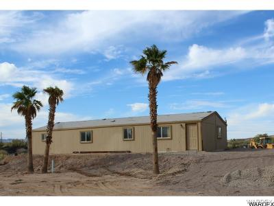 Mohave Valley Manufactured Home For Sale: 3241 E Stage Coach Drive