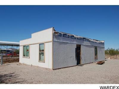 Quartzsite Single Family Home For Sale: 634 W Cowell St