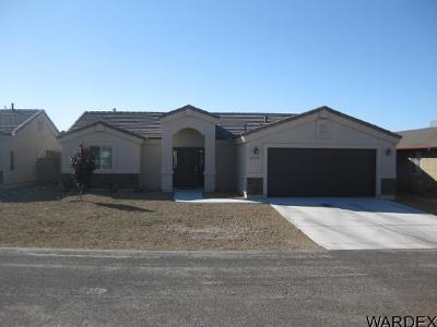 Kingman AZ Single Family Home For Sale: $169,900