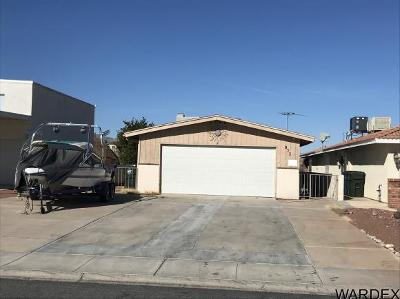 Bullhead City Single Family Home For Sale: 971 Riverfront Dr