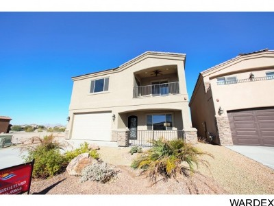 Mohave County Single Family Home For Sale: 711 Malibu Ln