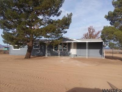 Kingman Manufactured Home For Sale: 5833 N Hwy 66