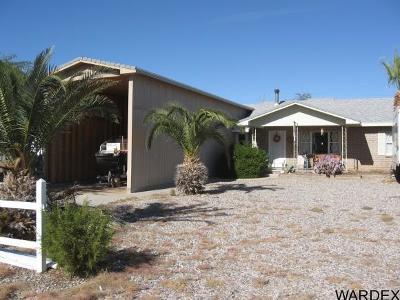 Topock/golden Shores Single Family Home For Sale: 5399 E Maricopa Drive