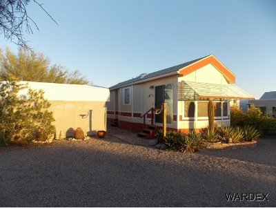 Rainbow Acres Manufactured Home For Sale: 49615 Onyx