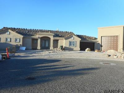 Bullhead City Single Family Home For Sale: 3405 Sundrops Ct