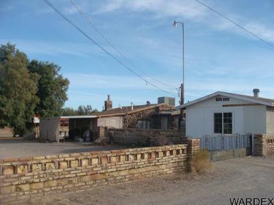 Quartzsite Single Family Home For Sale: 1335 Moon Mountain Ave.