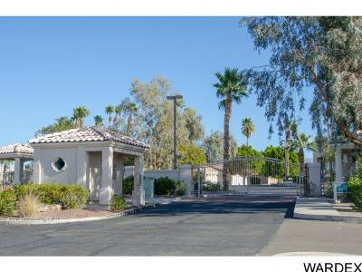 Lake Havasu City Condo/Townhouse For Sale: 470 Acoma Blvd S #215 #215