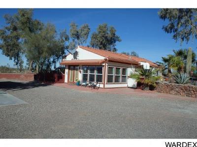 Bouse Single Family Home For Sale: 42798 Umatilla Dr