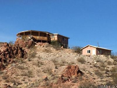 Bullhead City Single Family Home For Sale: 5019 Old Wagon Trl