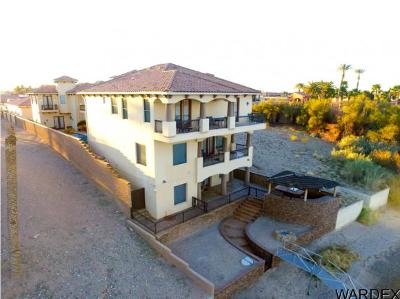 Bullhead City Single Family Home For Sale: 381 Riverfront Dr