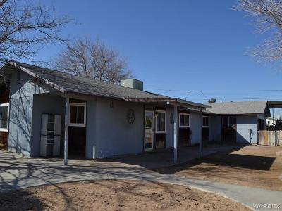 Kingman AZ Single Family Home For Sale: $138,000