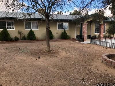 Kingman AZ Single Family Home For Sale: $205,000