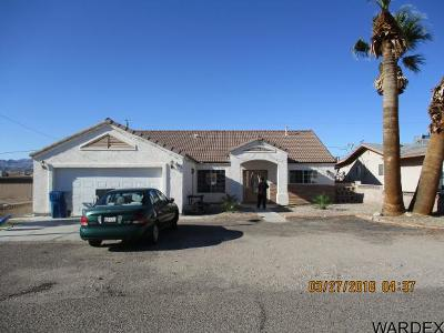 Bullhead City Single Family Home For Sale: 2405 S Rio Dr