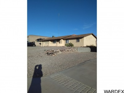 Lake Havasu City Single Family Home For Sale: 3736 Challenger Dr