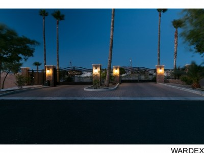 Lake Havasu City AZ Single Family Home For Sale: $389,000