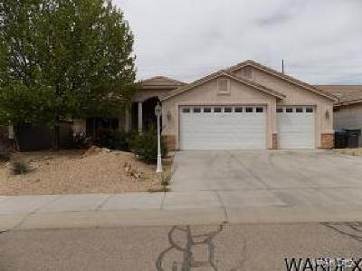 Kingman Single Family Home For Sale: 2004 John Wayne Dr