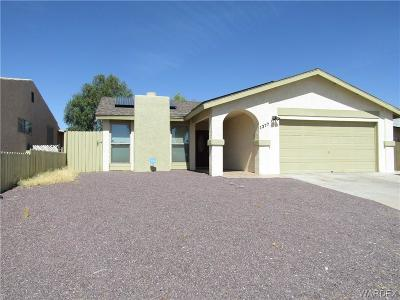 Bullhead AZ Single Family Home For Sale: $185,000