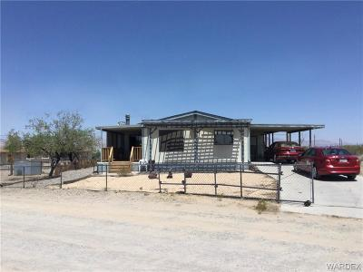 Mohave County Manufactured Home For Sale: 4912 La Riqueza Road