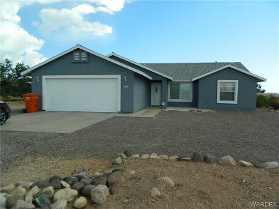 Kingman AZ Single Family Home For Sale: $183,900