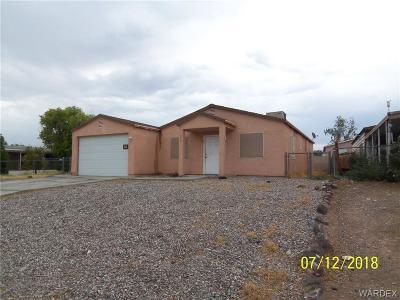 Bullhead AZ Single Family Home For Sale: $149,000