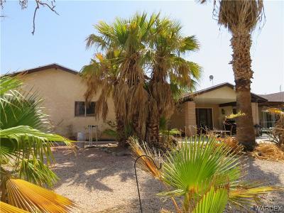 Bullhead AZ Single Family Home For Sale: $199,900
