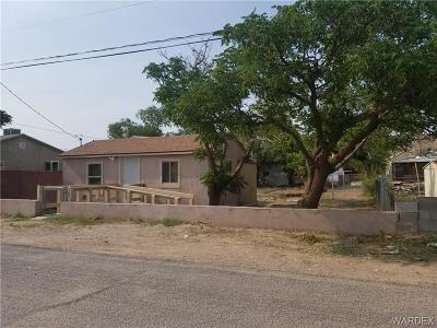 Kingman AZ Single Family Home For Sale: $69,900