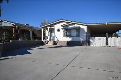 Bullhead AZ Single Family Home For Sale: $79,000